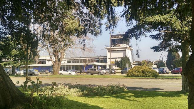 Reporte COVID-19: autoridades de Salud anunciaron restricciones de viajes al extranjero y cambios en rubros esenciales