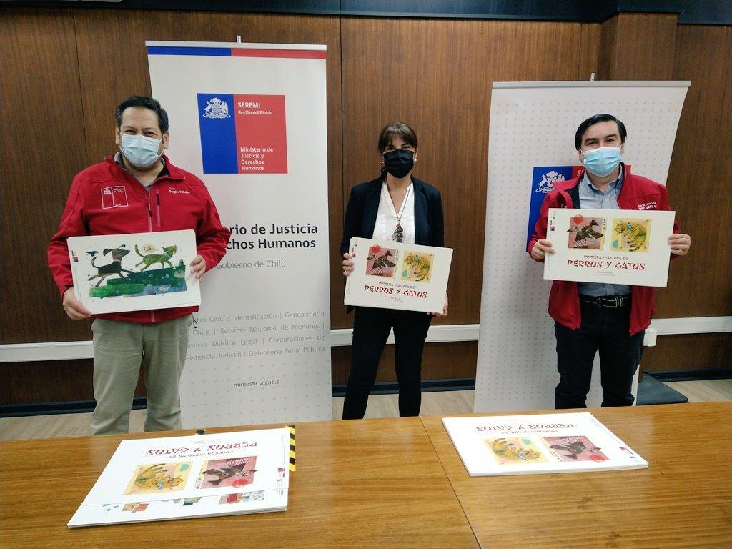Seremi de Educación del Biobío entrega set de cuentos Kamishibais a centros del Sename