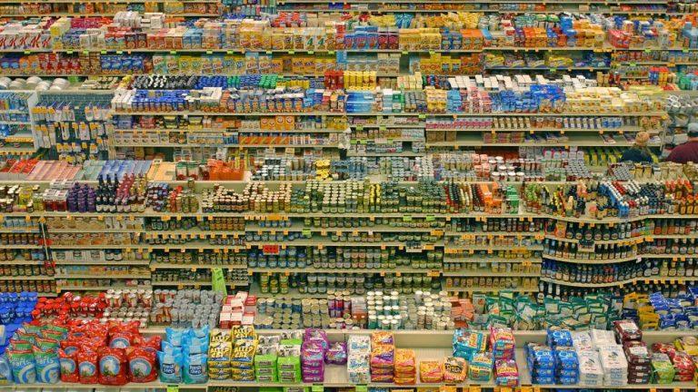 Por un Chile Sin Plásticos: ONG ambientalista llama a supermercados a ofrecer alternativas a los plásticos de un solo uso