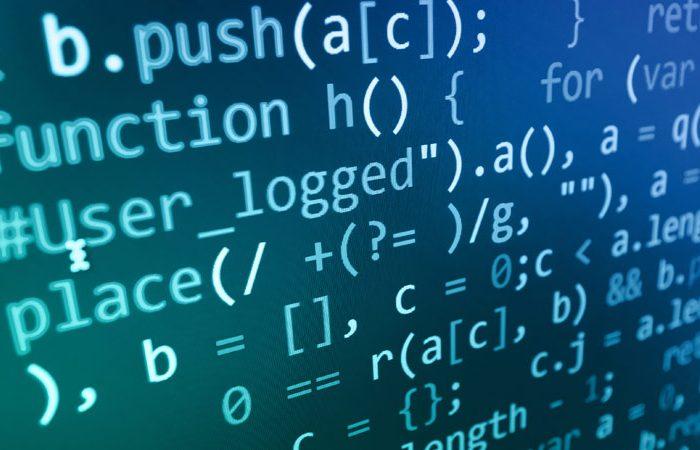 CPLT avanza en trabajo con GobLab de la UAI para transparentar algoritmos usados en decisiones de organismos públicos chilenos