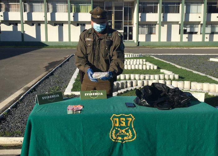 Carabineros de OS7 encuentra clorhidrato de cocaína en equipaje de pasajero de bus con destino a Cañete