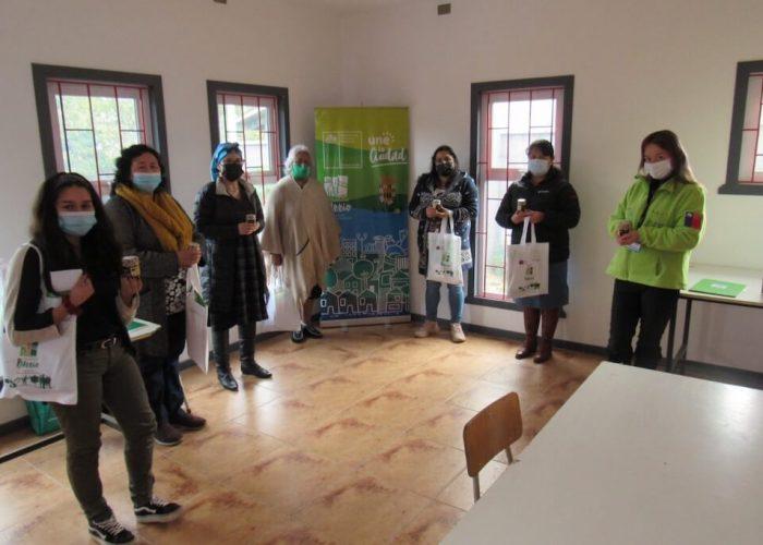 Vecinas de Los Álamos se capacitan en hierbas medicinales gracias al programa Quiero Mi Barrio