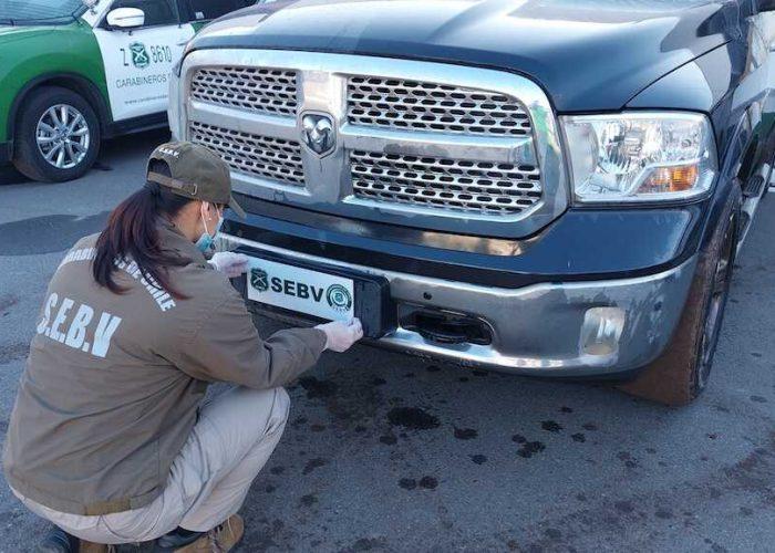 Carabineros del SEBV recuperaron en la última semana 7 vehículos robados en Santiago mediante hechos violentos