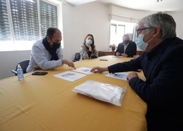 Gobernador Díaz compromete apoyo a cartera de proyectos en la Provincia de Biobío