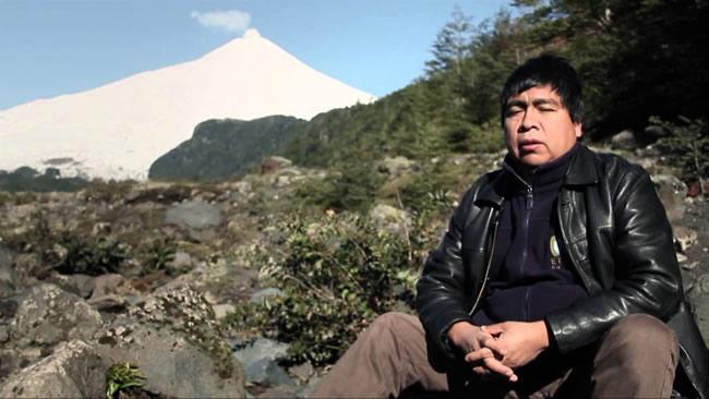 Biobío en 100 Palabras presenta taller en mapudungún con el poeta Leonel Lienlaf